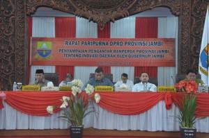 DPRD Gelar Paripurna Penyampaian Pengantar Ranperda Provinsi Jambi