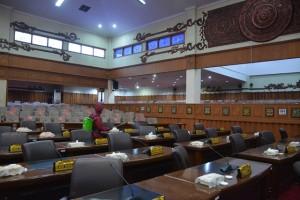 DPRD Provinsi Jambi Terapkan Protokol Kesehatan Saat Paripurna HUT RI, Hanya Diikuti 400 Undangan