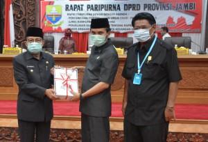 Sembilan Fraksi Sampaikan Pemandangan Umum Terhadap Lima Ranperda Pemprov Jambi