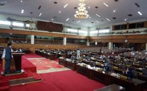 DPRD Gelar Paripurna Penjelasan Gubernur atas Pandangan Dewan  Terhadap Ranperda Perubahan APBD 2019