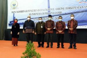 Ketua DPRD  Provinsi Jambi Berharap Rakor Sekwan se-Indonesia Dapat Mengoptimalkan Kerja DPRD